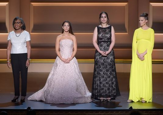 'I am also a survivor': Aly Raisman leads inspiring 'Glamour' Women of the Year awards