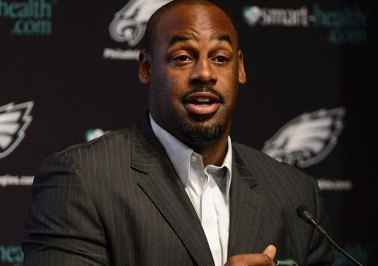 ESPN drops Donovan McNabb, Eric Davis after sexual harassment investigation